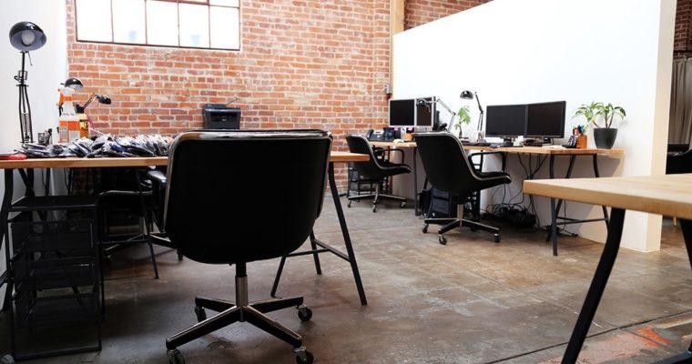 Jakie są wady i zalety biur coworkingowych?