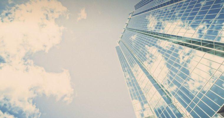 Czynsz bazowy a efektywny – To warto wiedzieć chcąc wynająć biuro